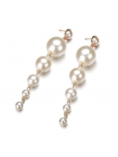 Versatile Pearls Design Earrings For Women