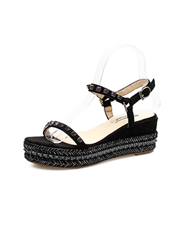 Fashionable Round Toe Rivet Straps Sandals