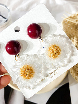 Wine Red Round Daisy Earrings For Women